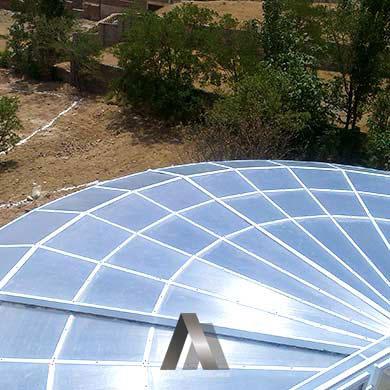 سقف شیشه ای استخر